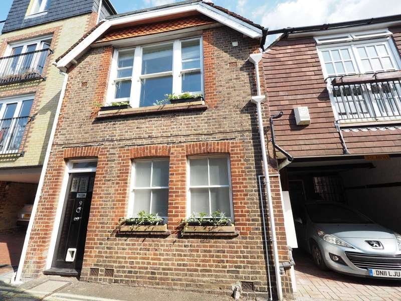 4 Bedrooms Semi Detached House for sale in Stewards Inn Lane, Lewes