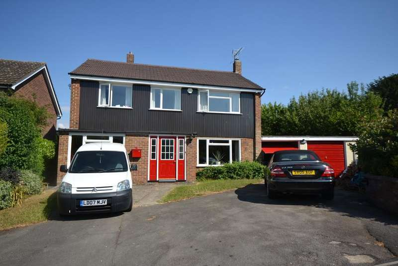 4 Bedrooms Detached House for sale in Blacklands Close, Saffron Walden