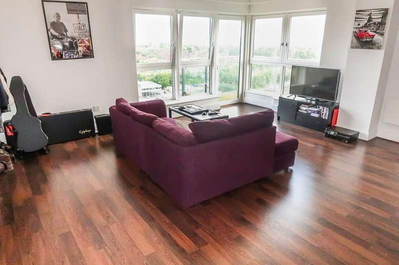 2 Bedrooms Apartment Flat for sale in Skyline Plaza