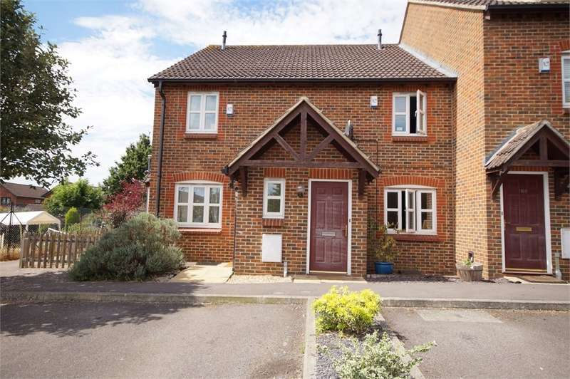 2 Bedrooms Terraced House for sale in Maiden Place, Lower Earley, READING, Berkshire
