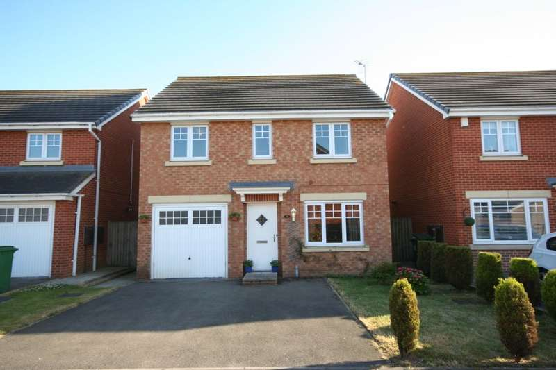 4 Bedrooms Detached House for sale in Wensleydale Gardens, Thornaby, Stockton-On-Tees, TS17