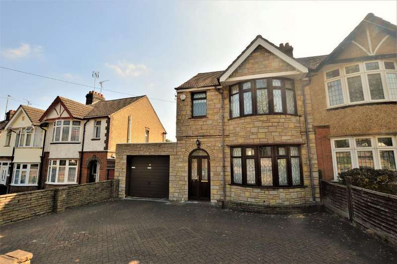 3 Bedrooms Semi Detached House for sale in Oakley Road, Luton, Bedfordshire, LU4 9PU