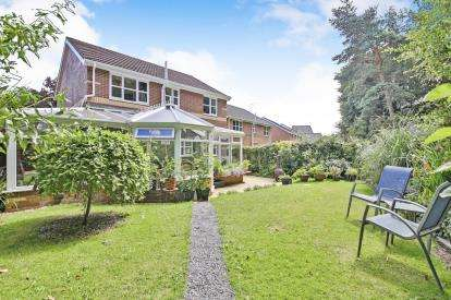 4 Bedrooms Detached House for sale in Brantwood, Waldridge, Chester Le Street, Durham, DH2