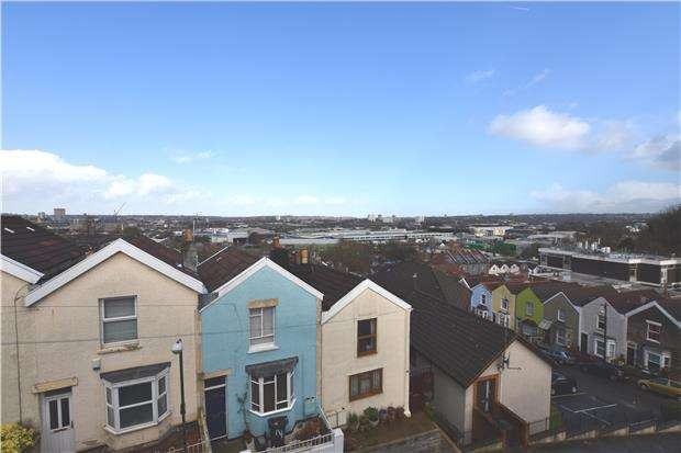 2 Bedrooms Terraced House for sale in Frederick Street, Totterdown, Bristol, BS4 3AZ