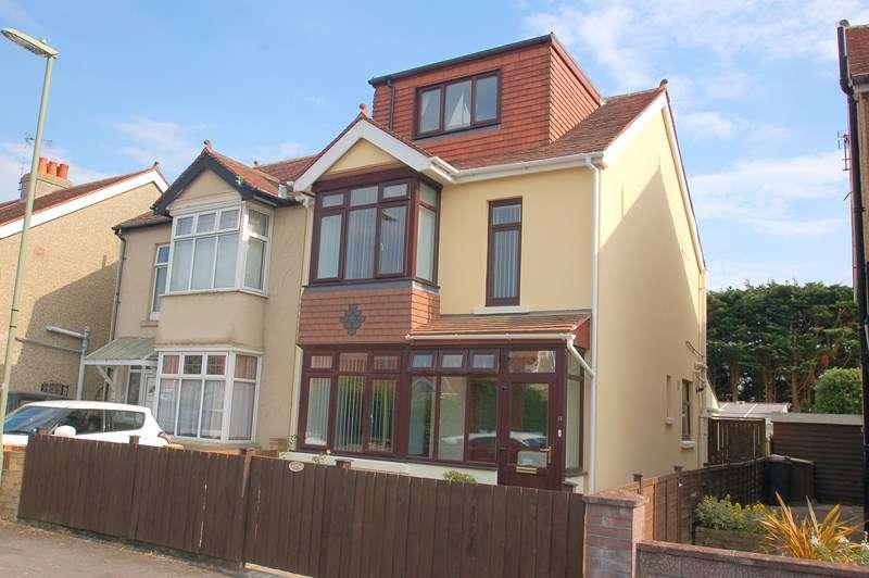 4 Bedrooms Semi Detached House for sale in Walton Road, GOSPORT