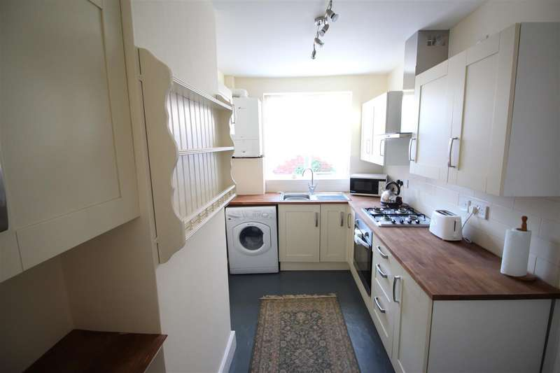 2 Bedrooms End Of Terrace House for sale in Katesgrove Lane, Reading