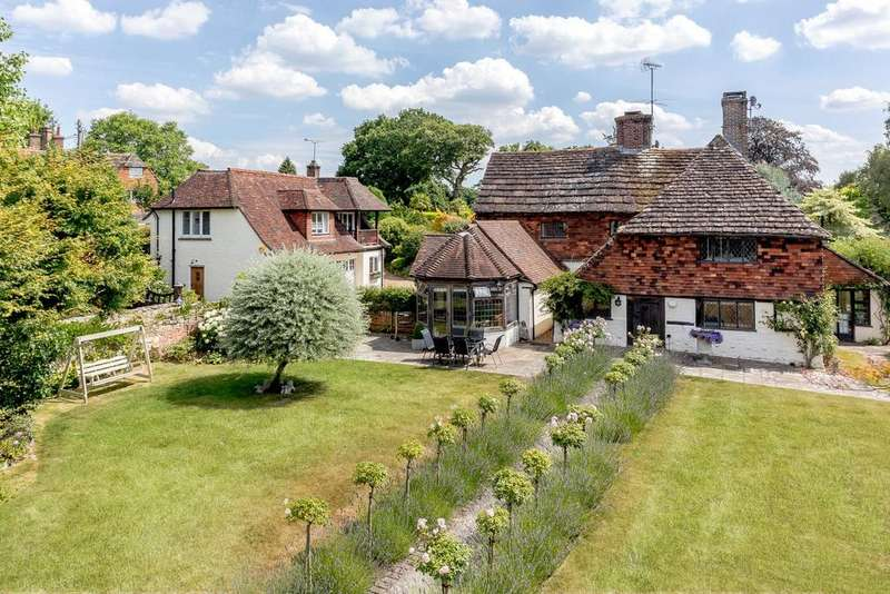 5 Bedrooms Detached House for sale in Park Road, Slaugham, Haywards Heath, West Sussex