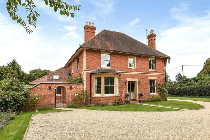 5 Bedrooms Detached House for sale in Hyde End Road, Shinfield, Reading