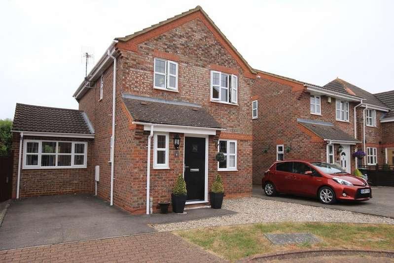 3 Bedrooms Link Detached House for sale in Kent Close, Westoning, MK45