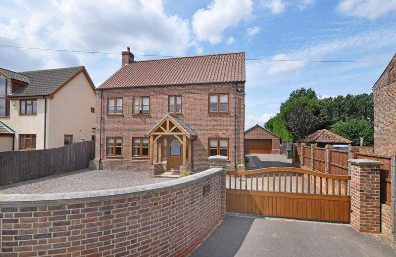 4 Bedrooms Town House for sale in School Road, Terrington St John