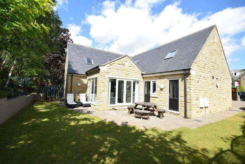 5 Bedrooms Detached House for sale in Tawa, 234 Woodhouse Lane, Brighouse, HD6 3TP