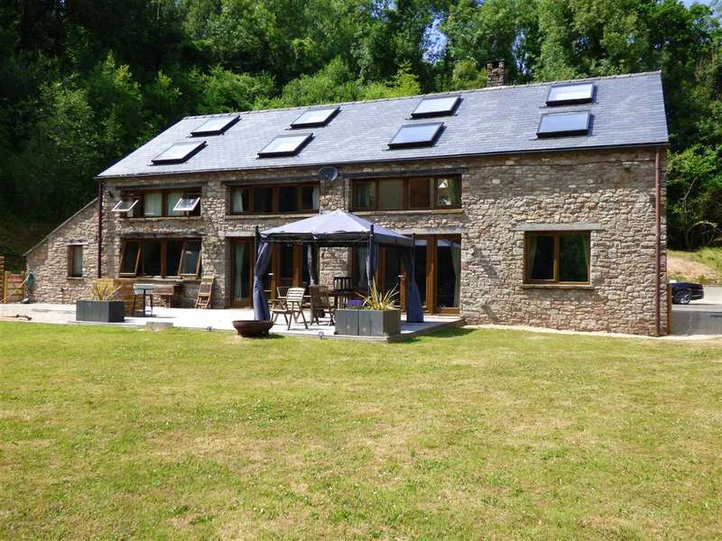 6 Bedrooms Detached House for sale in Upper Coombe Mill, Llanvair Discoed, Chepstow