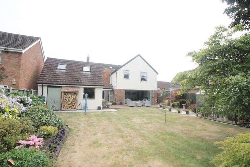 5 Bedrooms Detached House for sale in Gannaway Lane, Tewkesbury