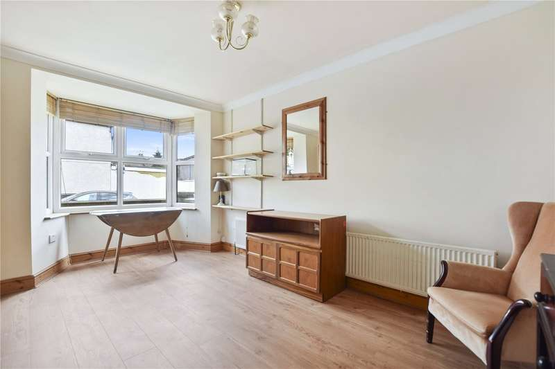 3 Bedrooms Detached House for sale in Beauchamp Road, Forest Gate, London, E7