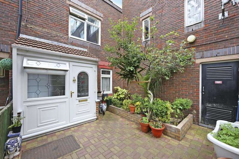 4 Bedrooms Terraced House for sale in Crofts Street, London E1