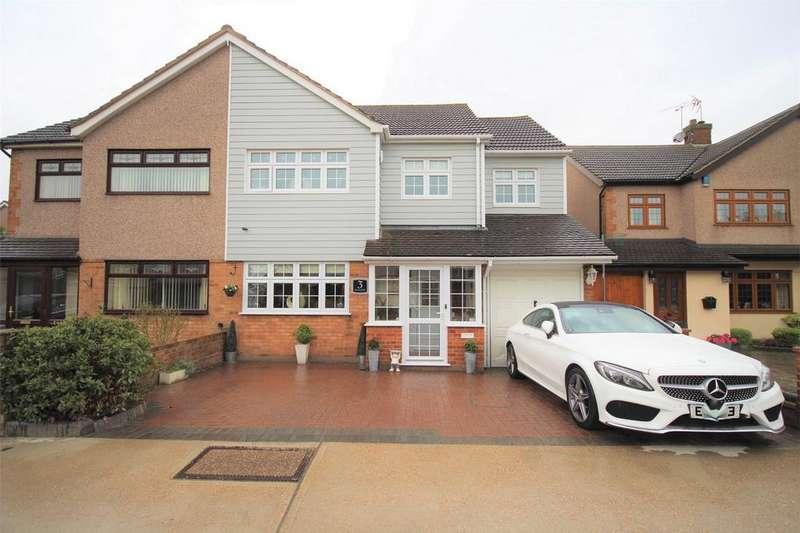 4 Bedrooms Semi Detached House for sale in Kenway Walk, Rainham, Essex