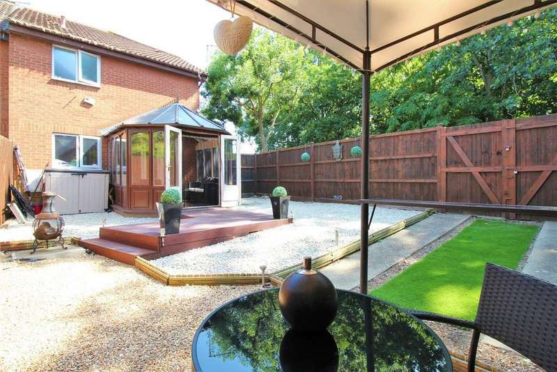 1 Bedroom End Of Terrace House for sale in Bayliss Avenue, Thamesmead