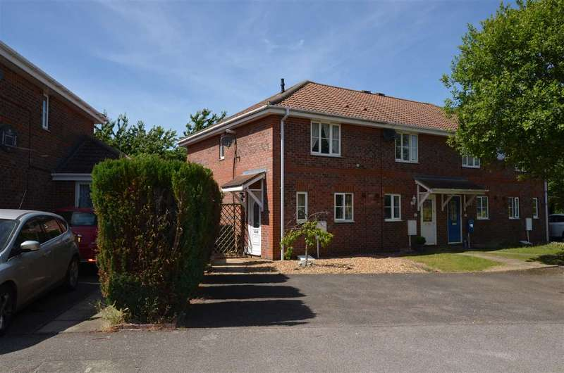 2 Bedrooms End Of Terrace House for sale in Arnald Way, Houghton Regis, Dunstable
