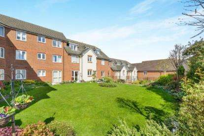 1 Bedroom Flat for sale in Eden Court, Aylesbury Street, Milton Keynes, Buckinghamshire