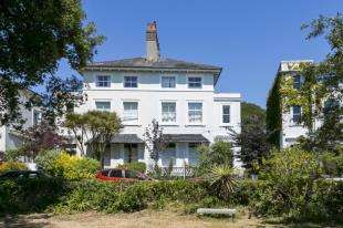 6 Bedrooms Semi Detached House for sale in The Lawn, St. Leonards-on-Sea, East Sussex