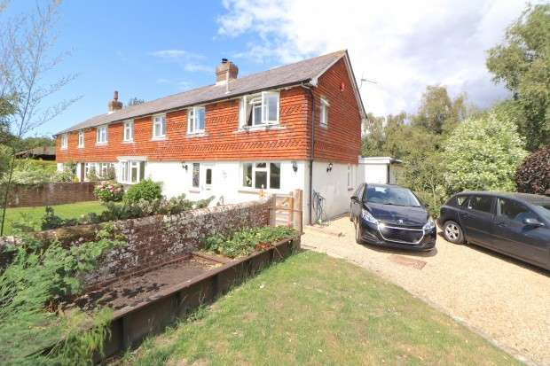 4 Bedrooms Cottage House for sale in Morningside Cottage Lane, Pevensey, BN24