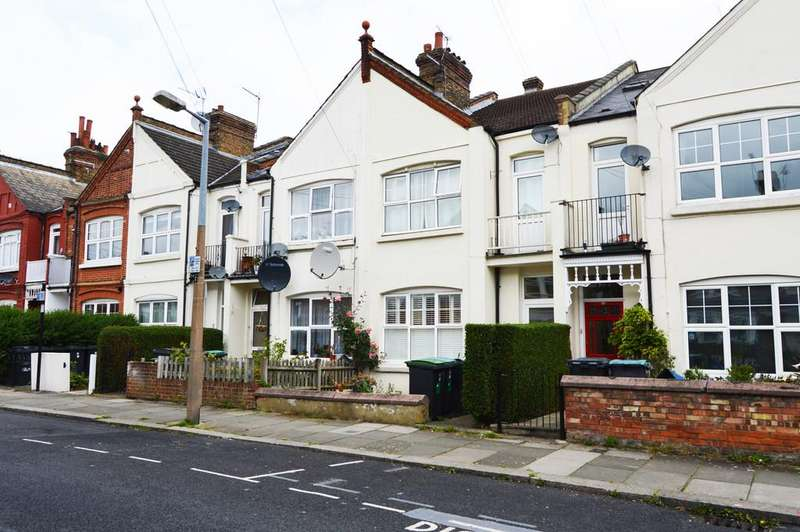 3 Bedrooms Maisonette Flat for sale in Lascotts Road N22