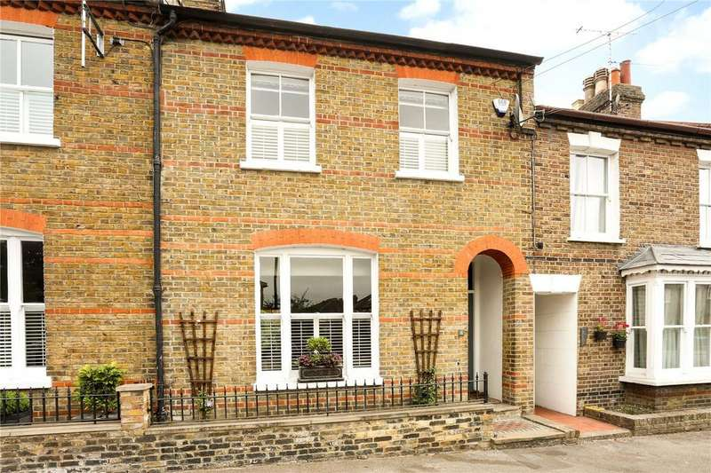 4 Bedrooms Terraced House for sale in Grove Road, Windsor, Berkshire, SL4