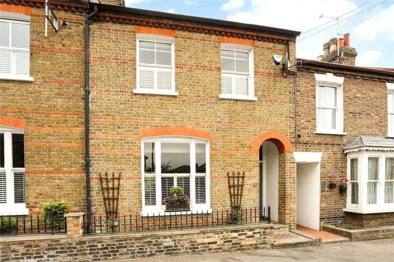 4 Bedrooms Terraced House for sale in 6 Grove Road, Windsor, Berkshire, SL4