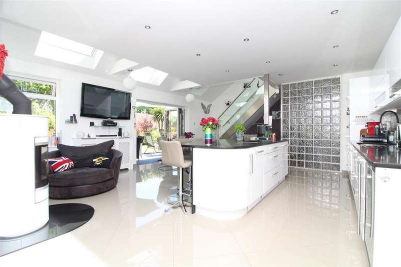 5 Bedrooms House for sale in London Road, Pyecombe, Brighton