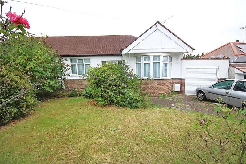 2 Bedrooms Bungalow for sale in Haslemere Avenue, East Barnet/Whetstone Bdrs.