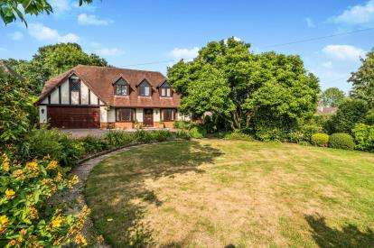 4 Bedrooms Detached House for sale in Shootash, Hampshire