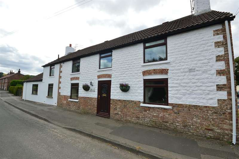 3 Bedrooms Semi Detached House for sale in Main Street, Ganton, Scarborough, YO12 4NR