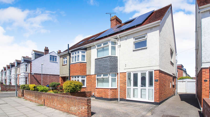 3 Bedrooms Semi Detached House for sale in Kirby Road, Portsmouth
