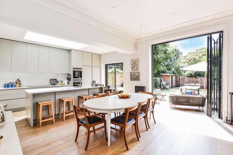 5 Bedrooms Semi Detached House for sale in Winterbrook Road, Herne Hill