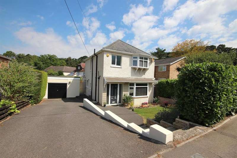 3 Bedrooms Detached House for sale in Dunyeats Road, Broadstone