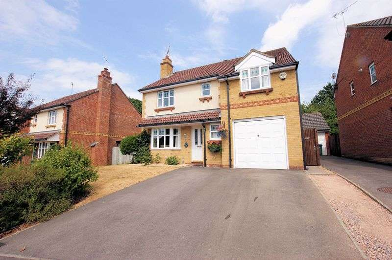 4 Bedrooms Property for sale in Stag Way, Fareham