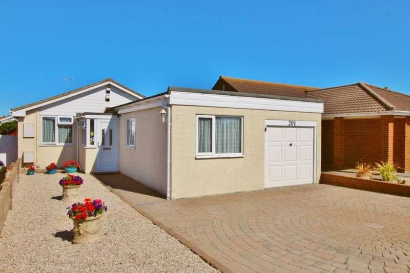 4 Bedrooms Detached Bungalow for sale in Princes Road, Eastbourne, BN23