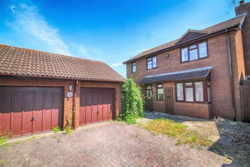 4 Bedrooms Detached House for sale in Whitethorn Drive, Prestbury, Cheltenham, GL52