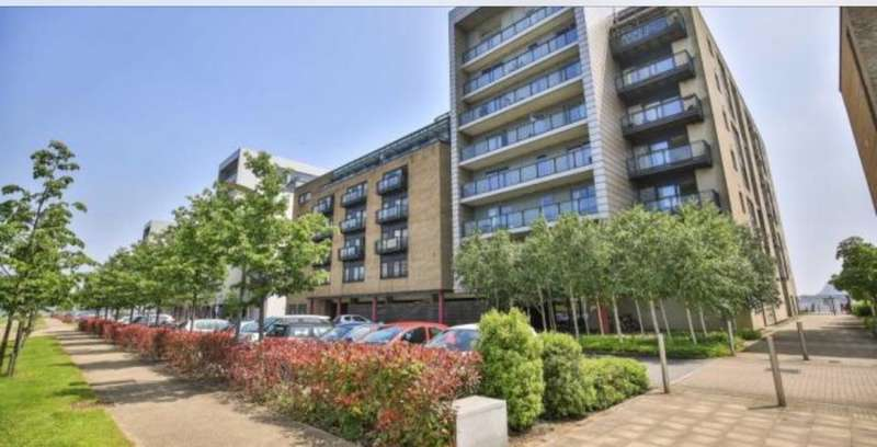 2 Bedrooms Maisonette Flat for sale in Caldey Island House, Ferry Court, Cardiff, Caerdydd CF11 0JN