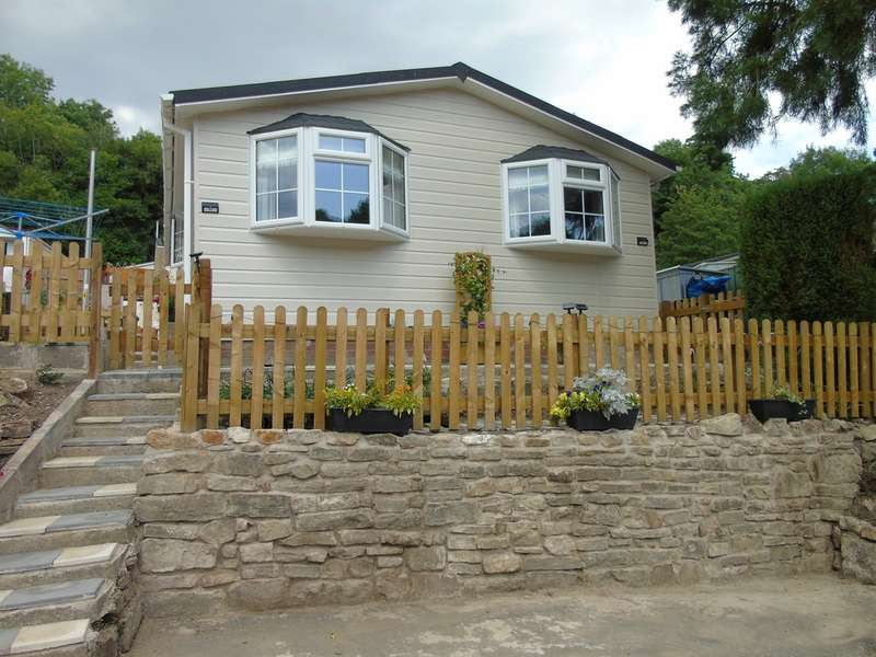1 Bedroom Park Home Mobile Home for sale in Woodlands Park, Pontypool