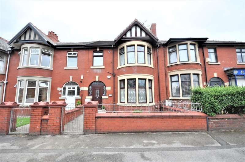 3 Bedrooms Terraced House for sale in Warley Road, Blackpool, Lancashire, FY1 2RW