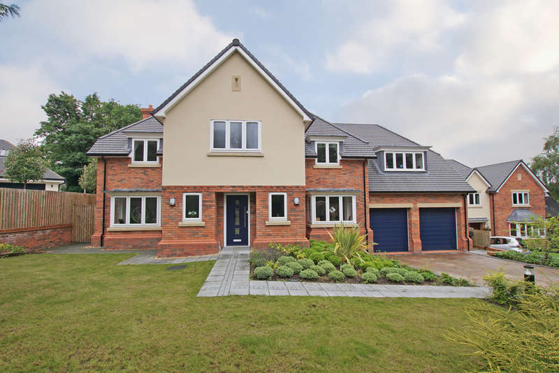 5 Bedrooms Detached House for sale in Twatling Road, Barnt Green, B45 8HT