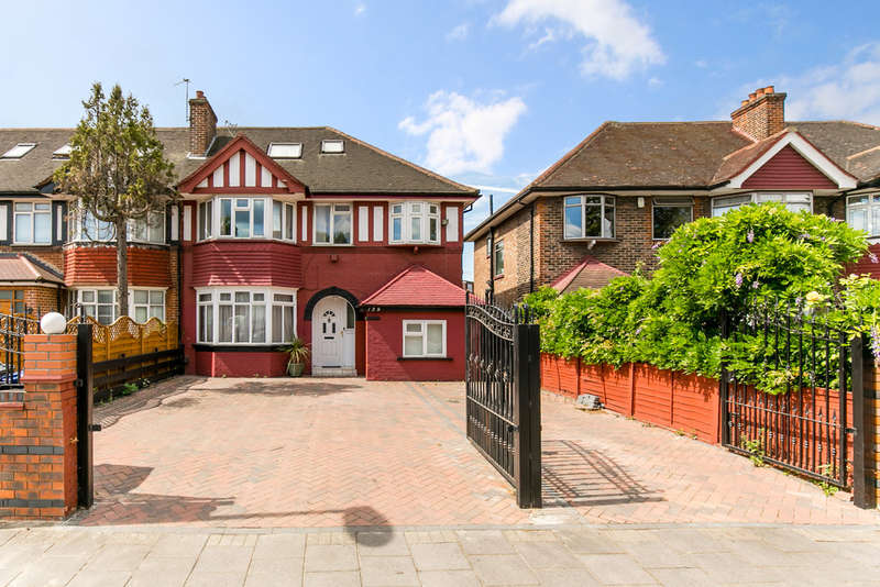 5 Bedrooms Semi Detached House for sale in Western Avenue, Acton