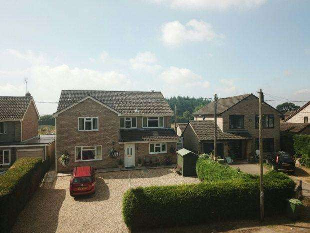 4 Bedrooms Detached House for sale in With 1 Bedroom Attached Annex, Ellwood, Coleford