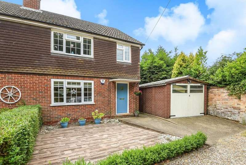 3 Bedrooms Semi Detached House for sale in , Padworth Common, RG7