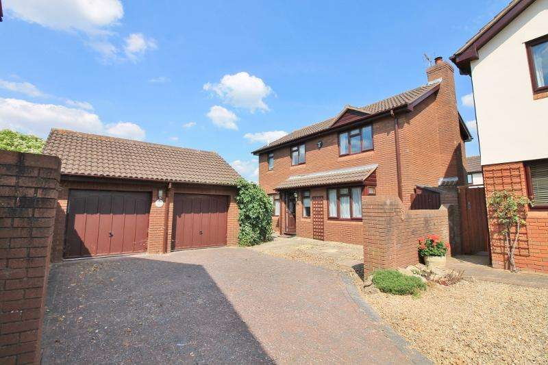 4 Bedrooms Detached House for sale in PRESTBURY, GL52