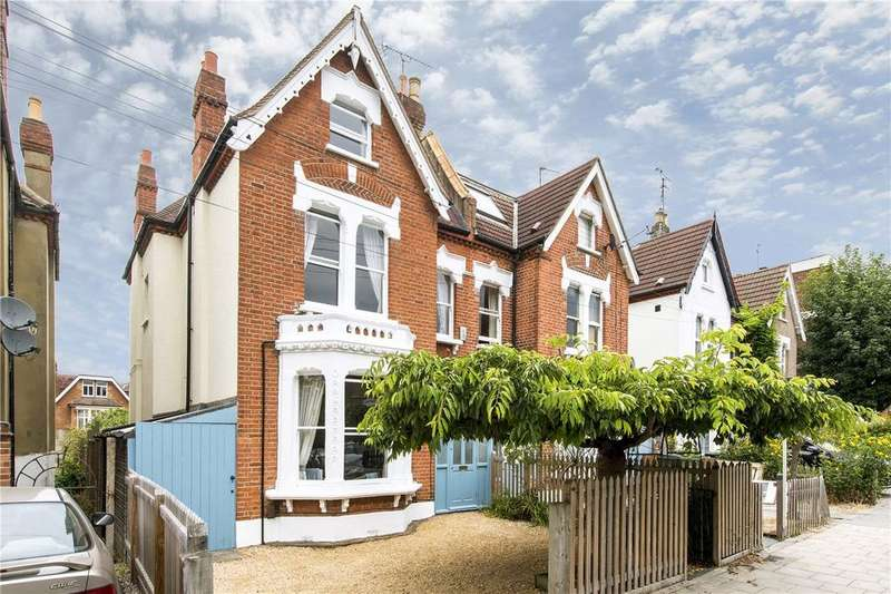 5 Bedrooms Semi Detached House for sale in Hopton Road, London, SW16