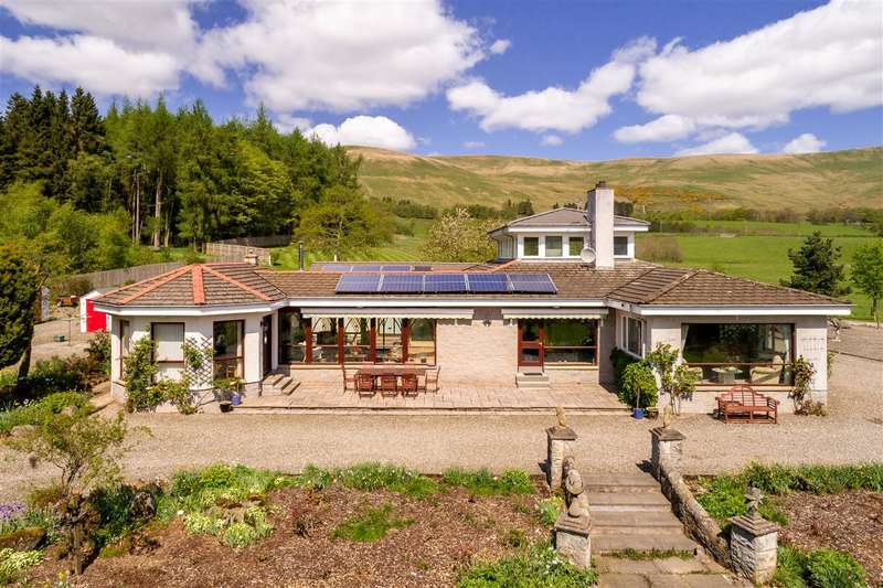 5 Bedrooms Detached House for sale in The Gean, Muckhart