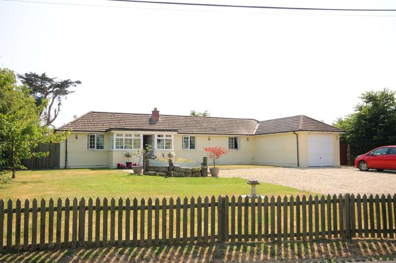4 Bedrooms Detached Bungalow for sale in Wellow, Isle of Wight