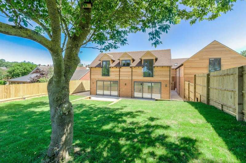 4 Bedrooms Detached House for sale in New Inn Lane, Gawcott